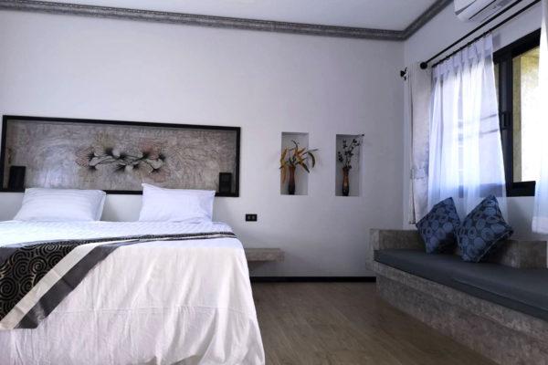 Gallery-Interior01